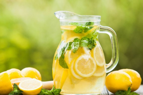 lemon-in-jug