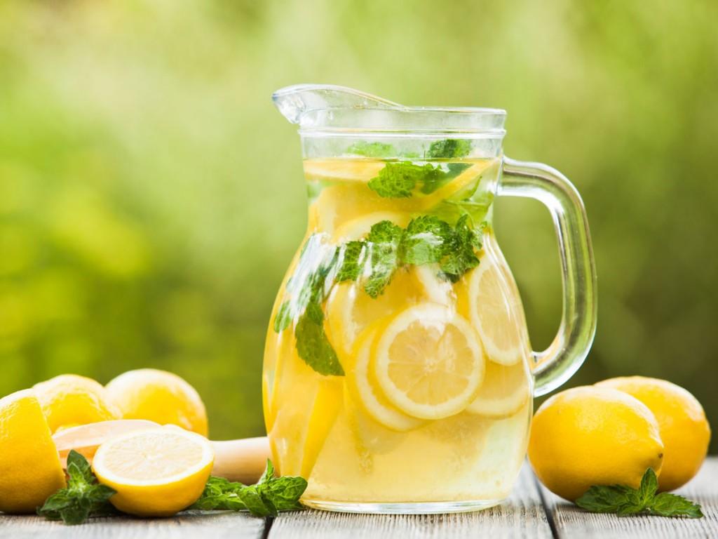 lemon-in-jug